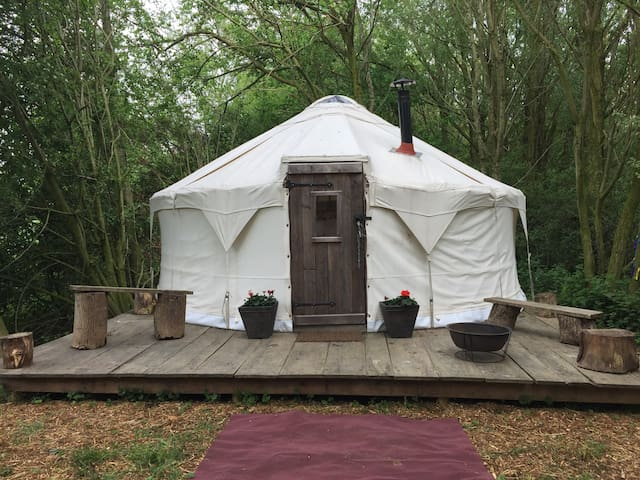 Peaceful yurt retreat in Ditchling - Ditchling - Jurte