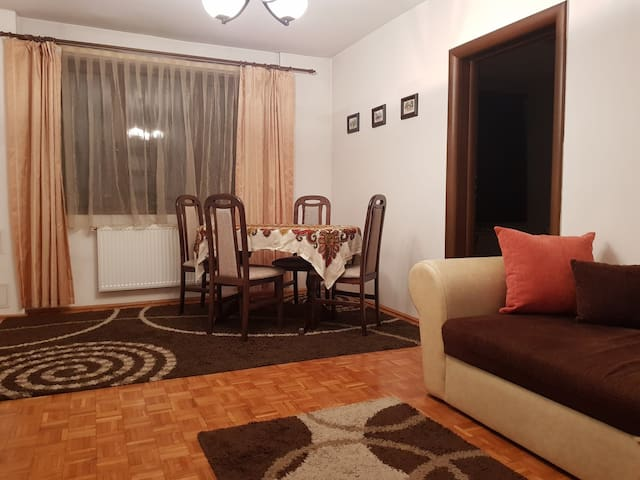 LEU Central Apartment