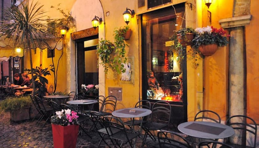 40% off-Lovely Private Room in the Center of Rome
