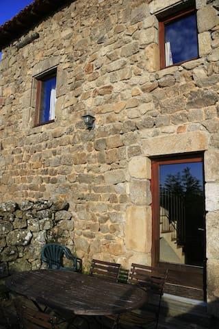 Couette et Tartine - La Tour - Bozas - Casa
