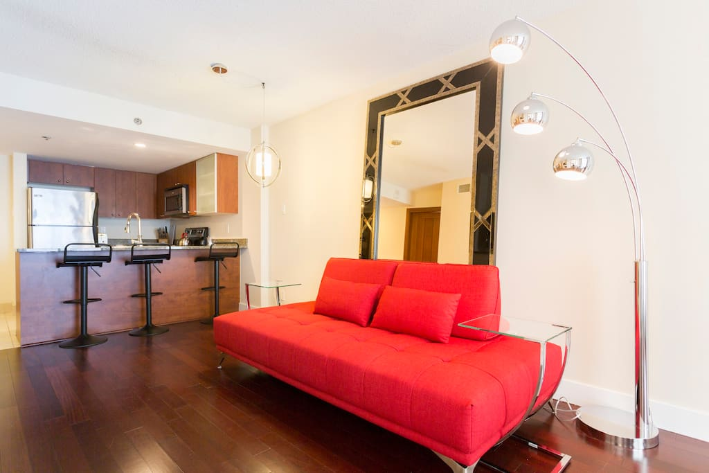 La c line boutique apartment in the old port - Appartement a louer vieux port montreal ...