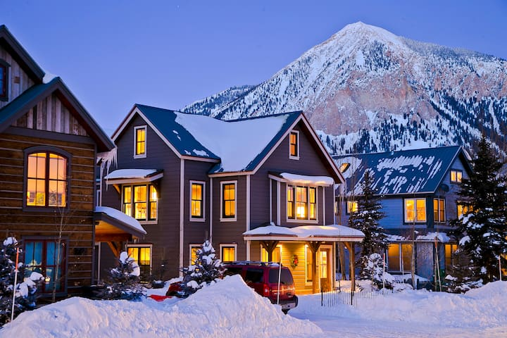 Available for MLK Wknd!!Reduced rates! Ski Powder!