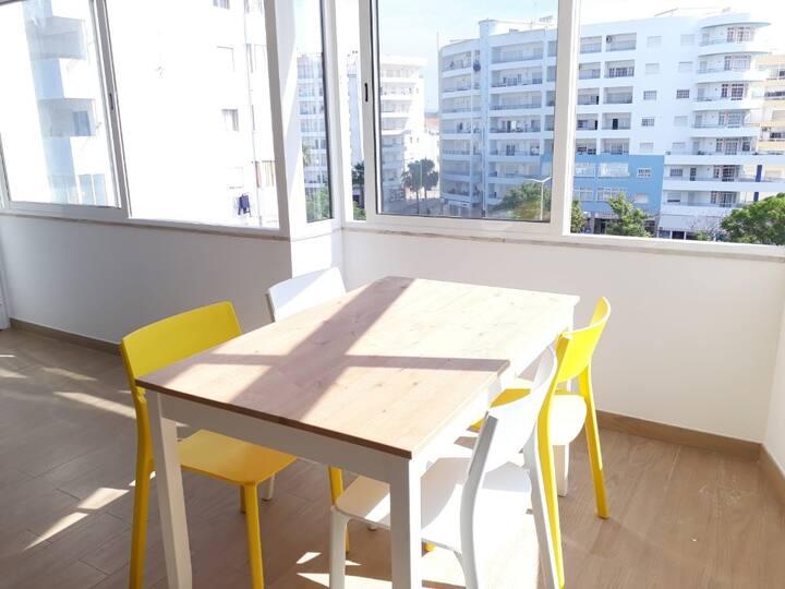 Bemp White Apartment, Quarteira, Algarve