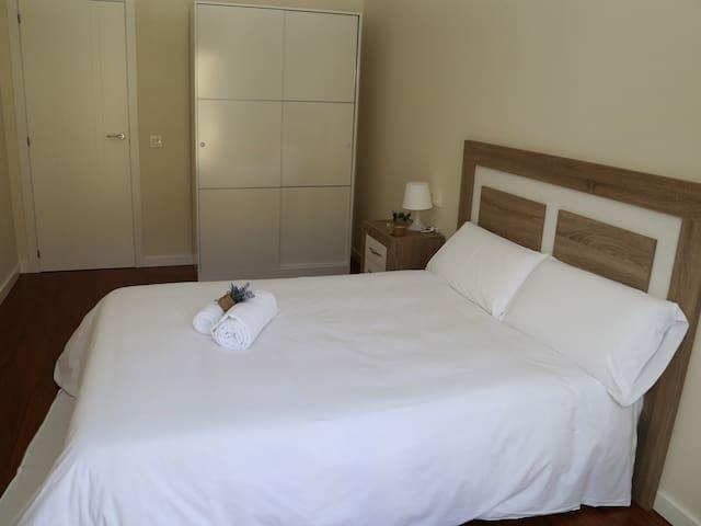 Apartment-Private Bathroom-P2 1G