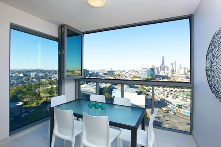 1 BednBath in new city apartment - Bowen Hills - Lägenhet