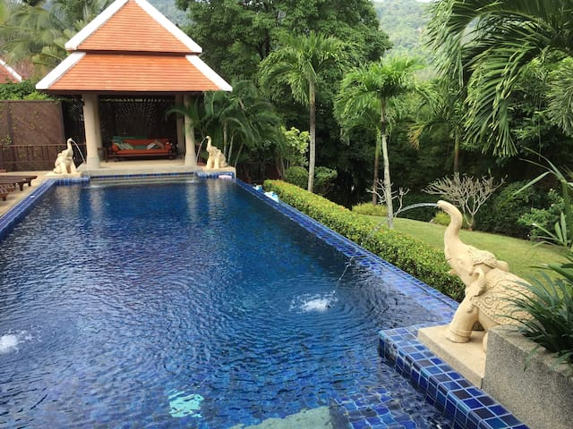 UNIQUE Independent Room in Stunning Villa - Rawai