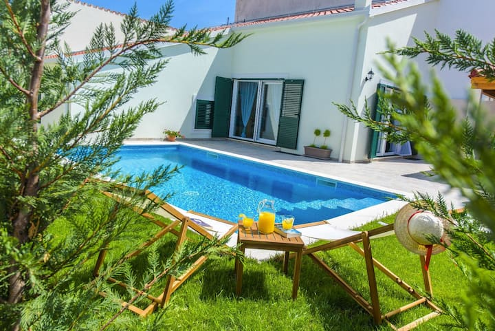 Villa Lucia Split, Mravince , fully private