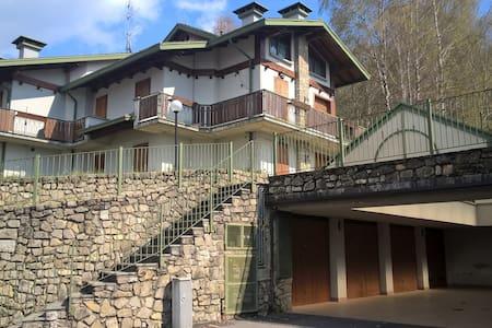 Appartamento in villa 7 posti letto - Selvino