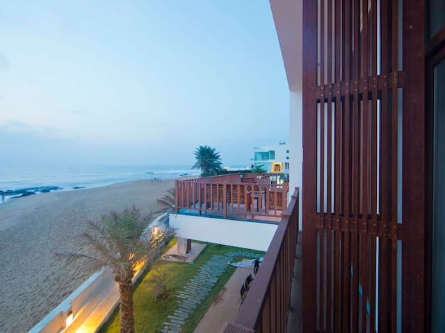 Basic stay @ Surf Turf - Kovalam - Bed & Breakfast