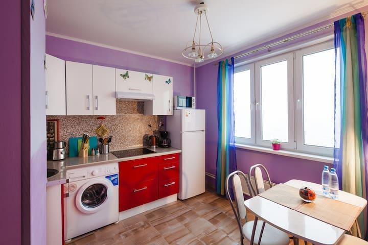 Cozy apartment near the metro, quickly to center