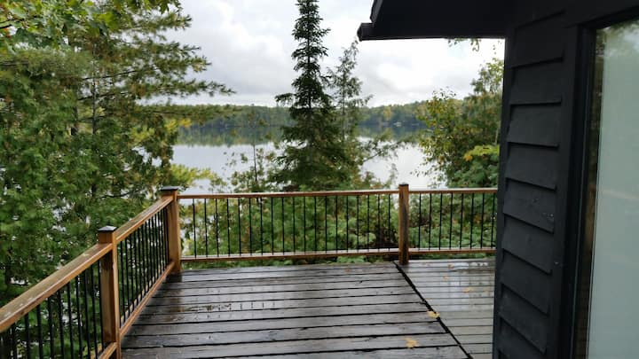 Paradise Point on Salmon lake with  panoramic view