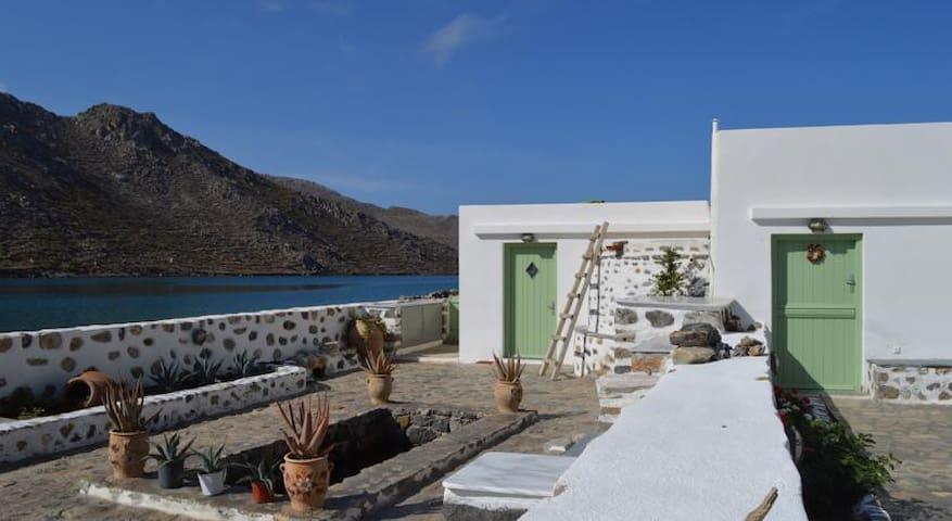 Iliahtida - Traditional Greenhouse - Tristomo - Villa