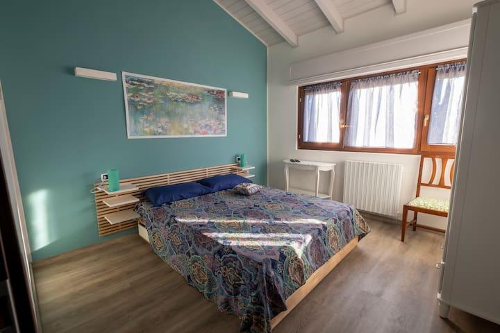 Camera ninfee con giardino 300 m dal Lago Maggiore