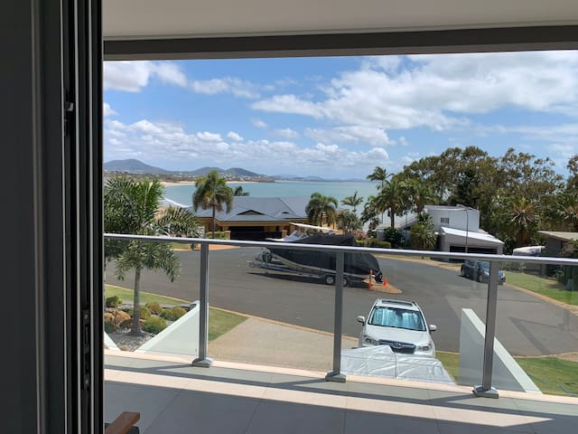Resort style accommodation with views -Lammermoor