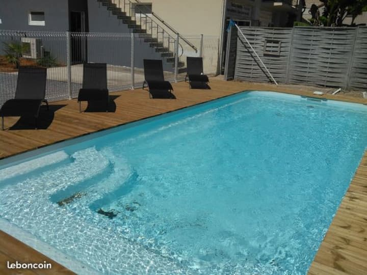 appartement 4/6pers 2 chambres piscine parking