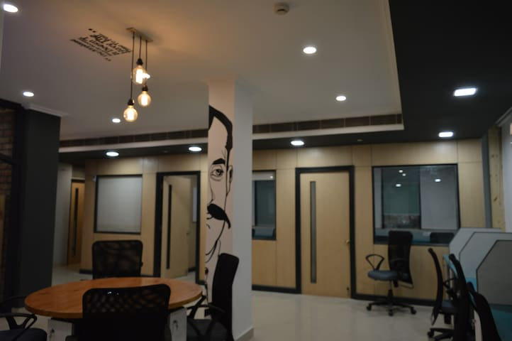SpringHouse Galleria - Gurgaon - Villa