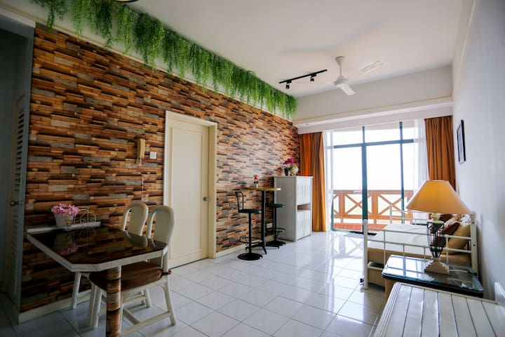 SANITISED|5 min drive to jonker|12 floor|Seaview|