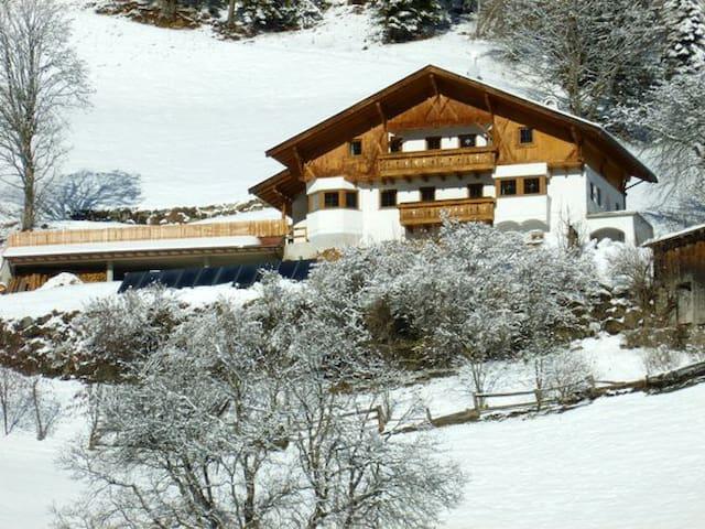 Komfortable Berghütte in Südtirol - Sarntal - บ้าน
