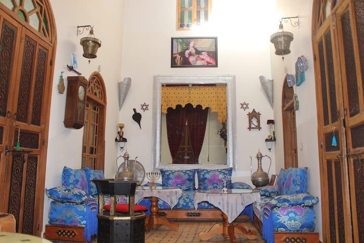 Riad idrissides symbol of Moroccan tolerance