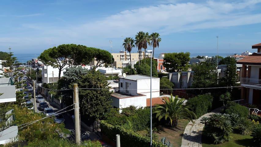 Torre a Mare Porticciolo - Bari - Hus