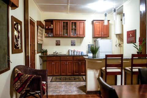 The Cottage at Cachelle (2+ nts/get 1 free)
