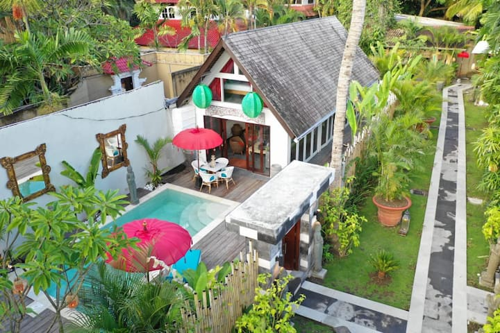 2 BEDROOMS Private Pool @ Green Villa