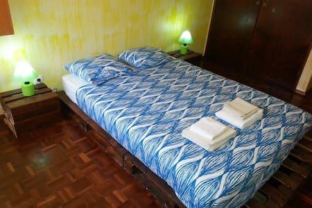 Double Room - SwordFish Eco House B&B - เพ็นนิช - ที่พักพร้อมอาหารเช้า