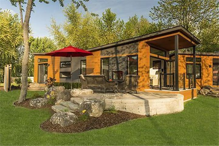 Modern Cottage Living RochesterPlace Resort&RV
