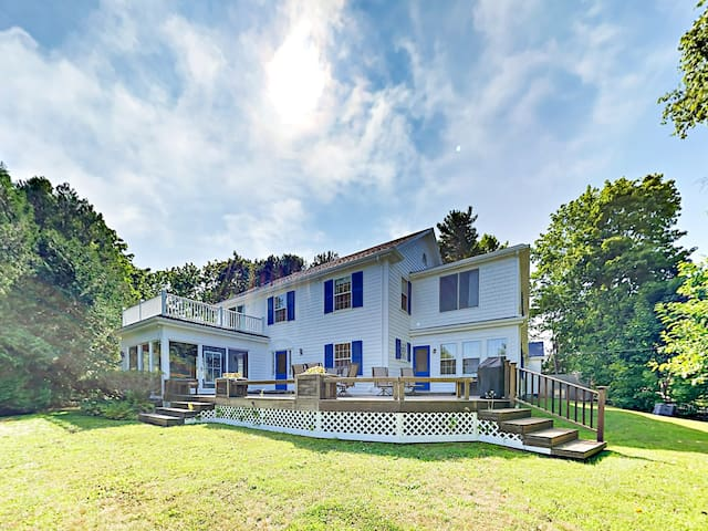 Renovated 5BR Home w/ Sunroom & Water-View Deck