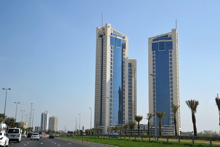 Manama Luxury apartment with 3 Br &1 mr