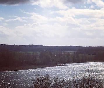 Grande villa proche des châteaux de la Loire!!!!! - Blois