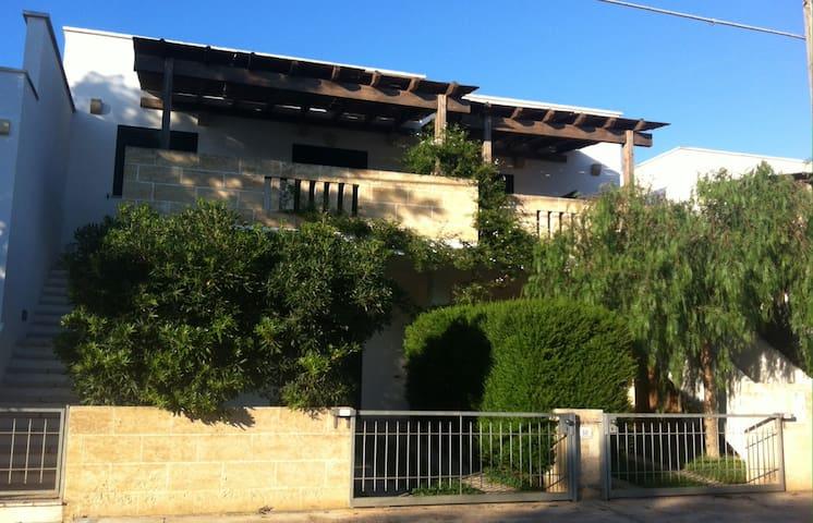 Appartamento con terrazzo, Torre Pali, Salento - Torre Pali - Apartamento