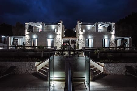 Ionian Diamond Villas - Blue - Lefkada
