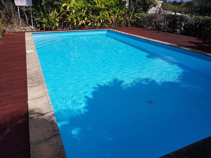 Spacieux T2 piscine, près de la mer, sans pb d'eau