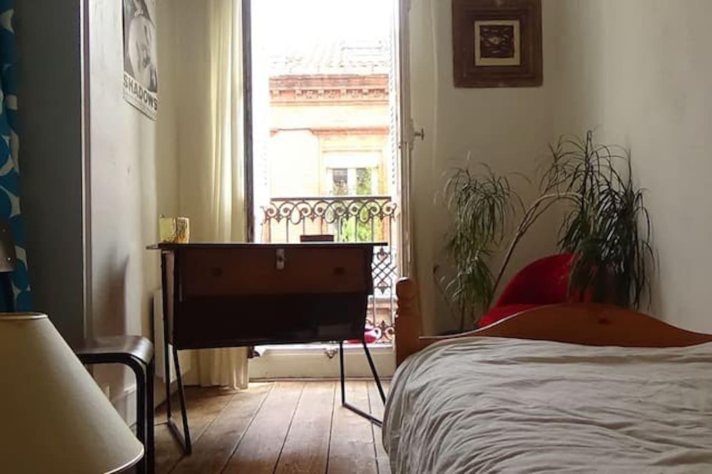 petite chambre cosy au coeur de Toulouse, quartier calme, à 7mn de la gare