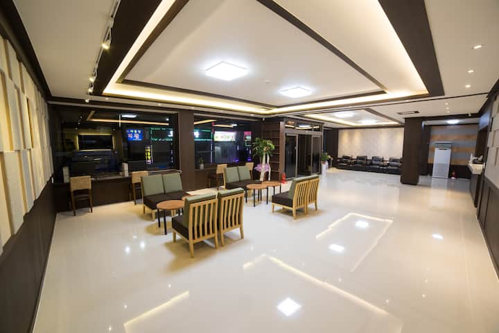 Jeju Stay Hotel 1 (Double bed 1 + single bed 1)