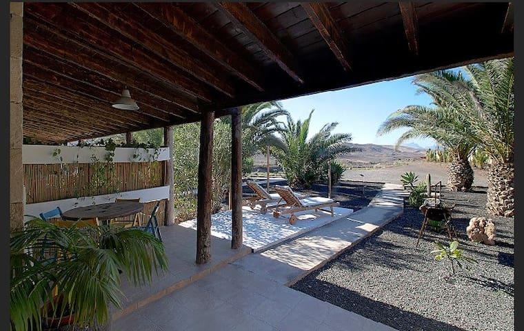 Casas de Campo: Finca Arbequina B