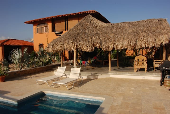 Casa Nora El Yaque, Isla Margarita - VE - Bed & Breakfast