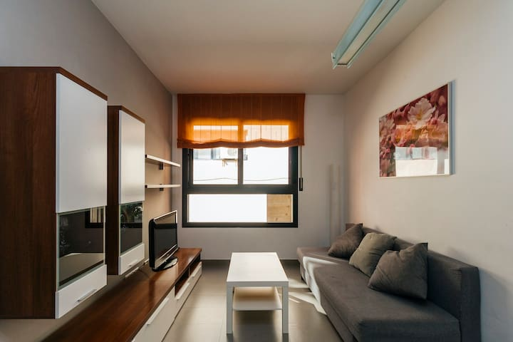 2 bedroom Apartment in Sants with Parking (6)