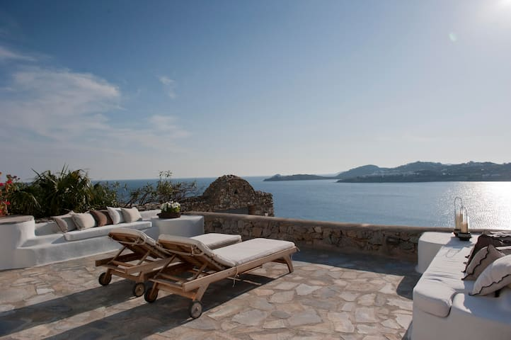 Villa Maria - Beachfront Mykonos / Ornos Bay - Ornos - วิลล่า