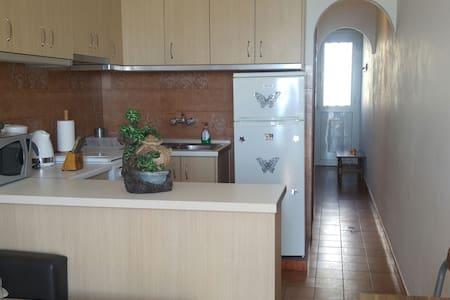 Maroulitsas Sea Esta Apartment