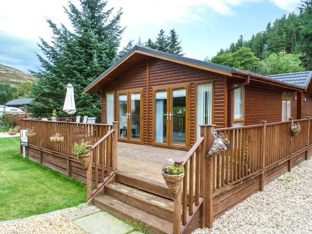 PING LODGE, family friendly, with a garden in Dollar, Ref 938051