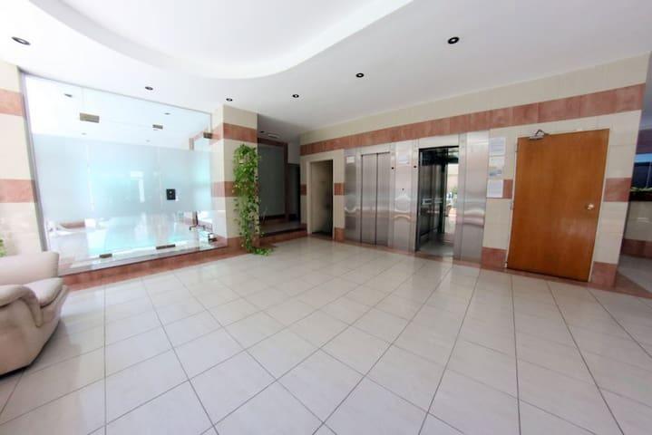 Departamento en Torres de Gascón piso 9