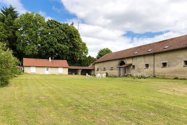 Casa de 4 habitaciones en Monthenault, con jardín amueblado y WiFi - a 12 km de la playa