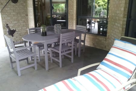 Dolphin Cottage Studio Appartment - Huskisson - Daire