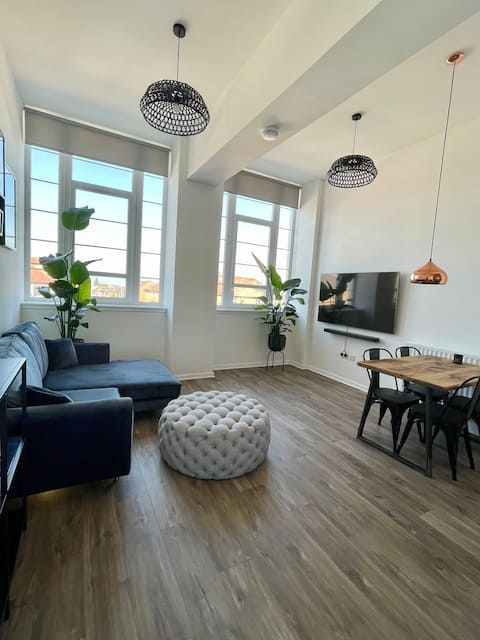 WHITE LOFT | Modern flat close to the City Centre