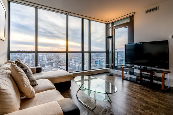 Your Home in the Entertainment District - Toronto - Apartment