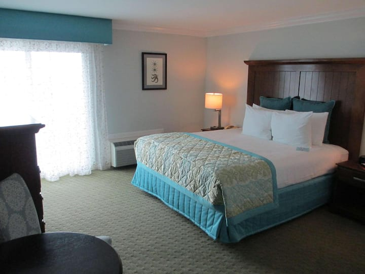 Majestic Room Double Bed At Del Mar