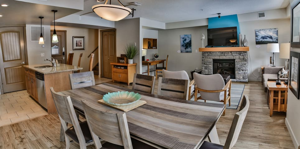PremiumStayz 2214 Canmore Modern Suite