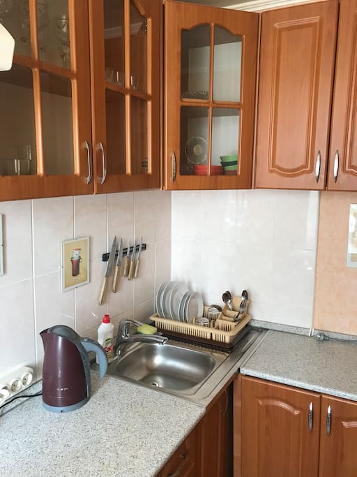 Уютная и комфортная кухня